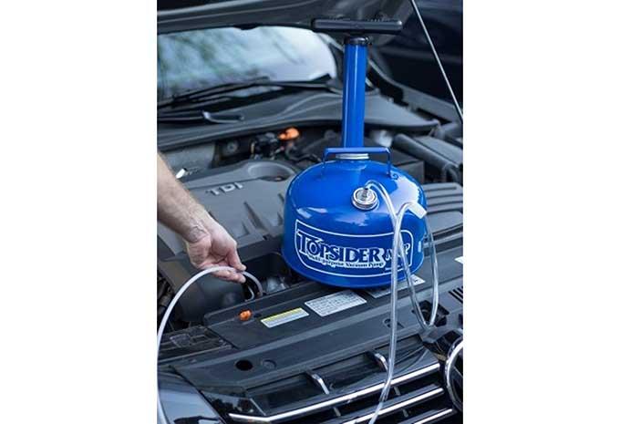 Topside Oil Changer